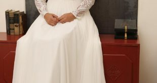 Bohemian plus size bridal gown with deep V neckline chiffon skirt and detachable...