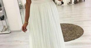 Weißes Chiffon-Abendkleid mit V-Ausschnitt und Spitze von PrettyLad